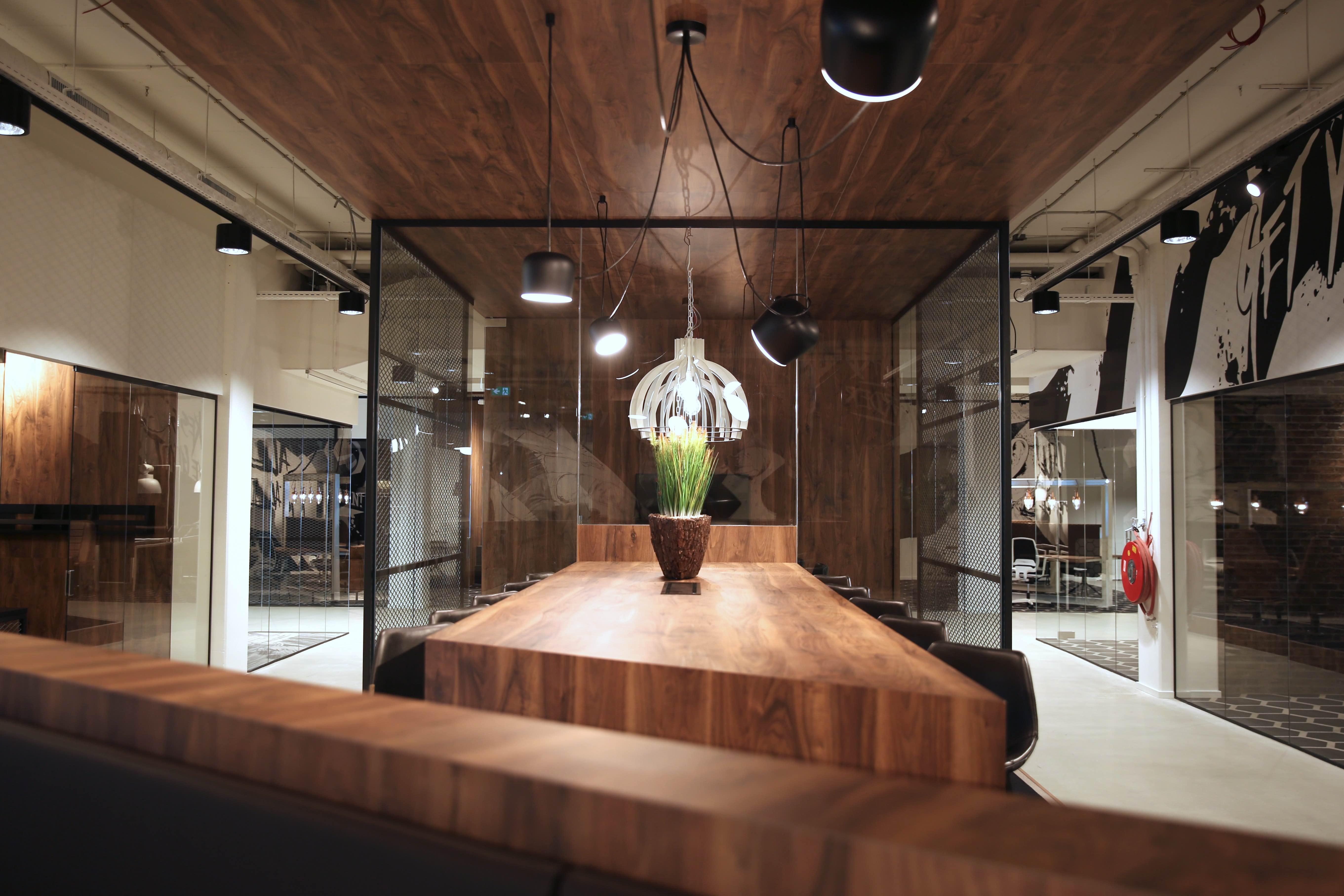 Martin Glas - Kick Offices